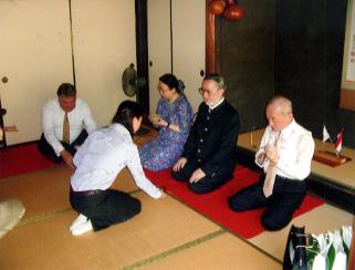 頼久寺で呈茶