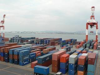水島港国際コンテナーターミナル